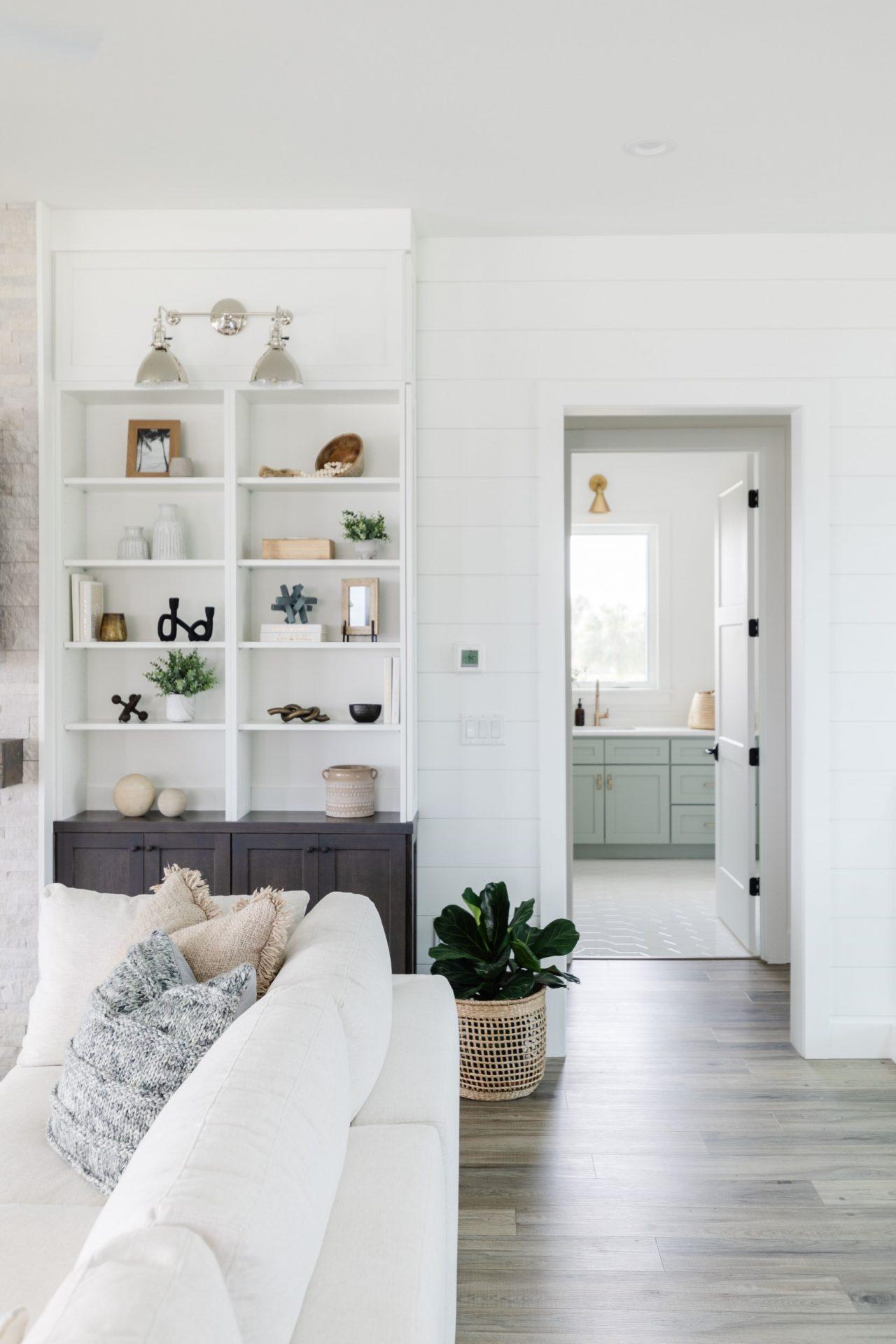 Peet's Perch | Living Room
