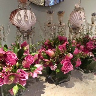 Ultraviolet bouquets, pure flower power…