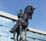 Bo Pahor podrl kip generala Maistra?