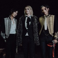 "Palaye Royale Unveil Behind The Scenes Footage From Epic ""Tonight Is The Night I Die"" Music Video Shoot"