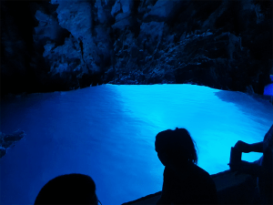 Blue-cave-Croatia-Split-Sea-Tours-DeLuxe-Tour-from-Split