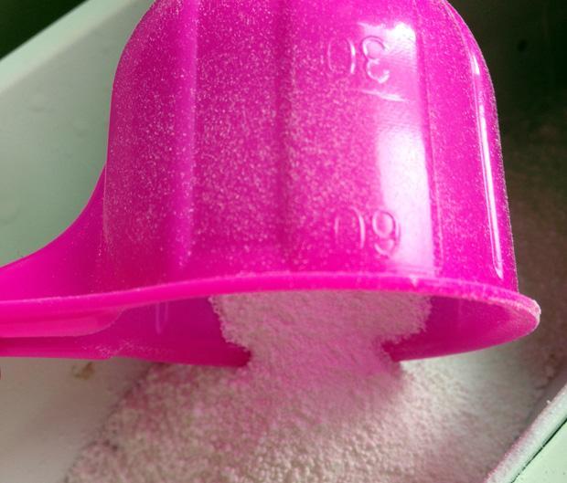 Vanish Oxi Action Powder Scoop