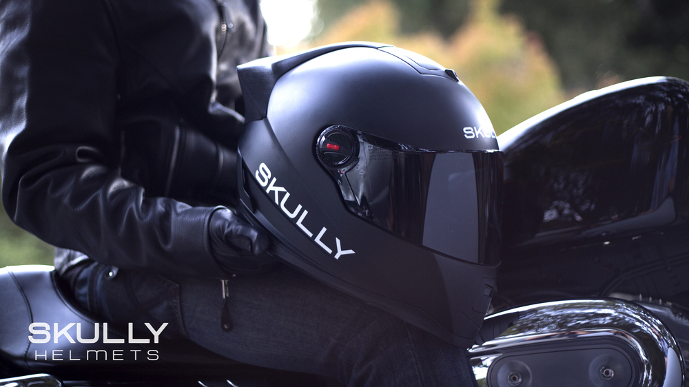 Head Up Display for Motorcyclists from Skully