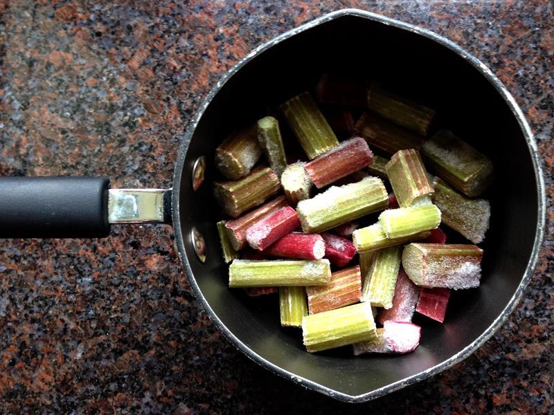 09 May - Making Rhubarb Compote
