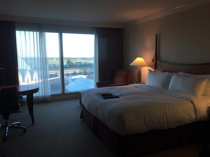 Zartusacan - Fairmont Hotel Vancouver Airport