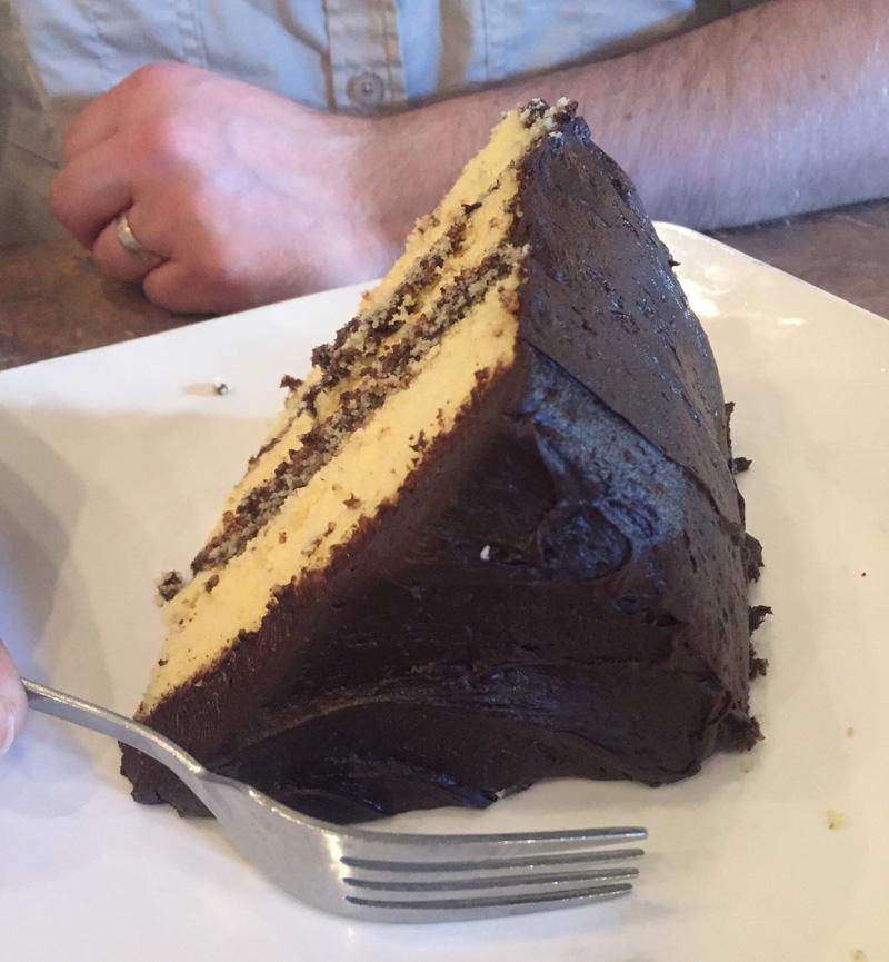 Zartusacan - Cake at Rosine's