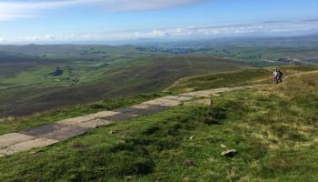 Yorkshire 3 Peaks - Descending Pen y Ghent
