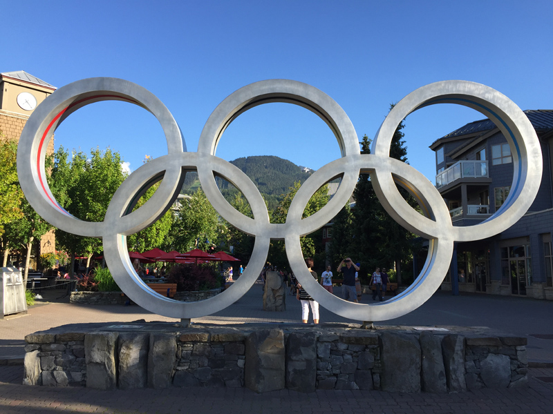 Zartusacan Roadtrip, Whistler Olympic Rings