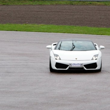 DRIVING EXPERIENCE WITH SUPERCAR DRIVE DAYS