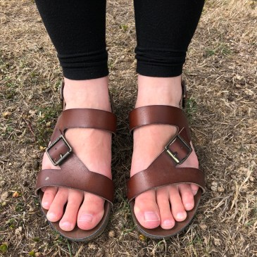 PRACTICAL SANDALS SMART ENOUGH FOR WORK