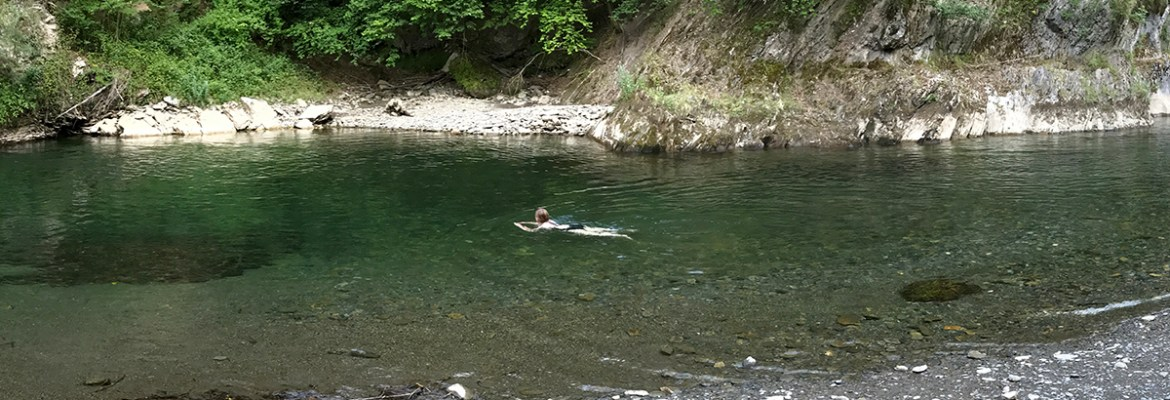 Spodz Blogz | Water Sports for Keeping Fit - Swimming in the Noguera Pallaresa
