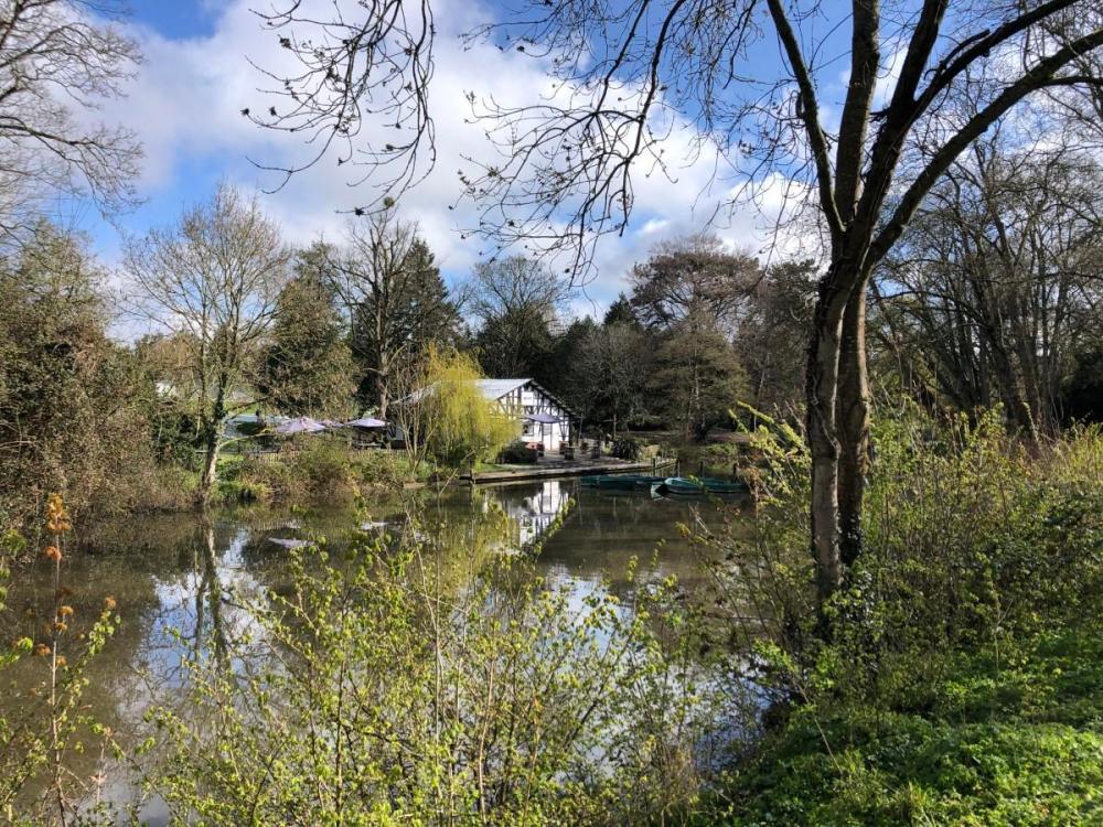 Splodz Blogz | Pittville Park Boathouse, Cheltenham