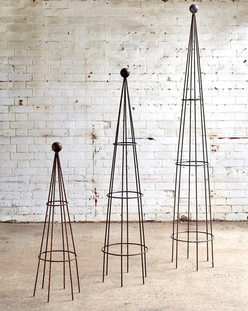 Metalinbloom Obelisk