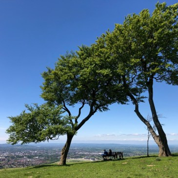 HIKING THE COTSWOLDS | CLEEVE COMMON HISTORY AND ARCHAEOLOGY WALK