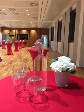S+T Event_Catering_Firmenveranstaltung_Equipmentverleih_Dekoration_Eventplanung_Seminar