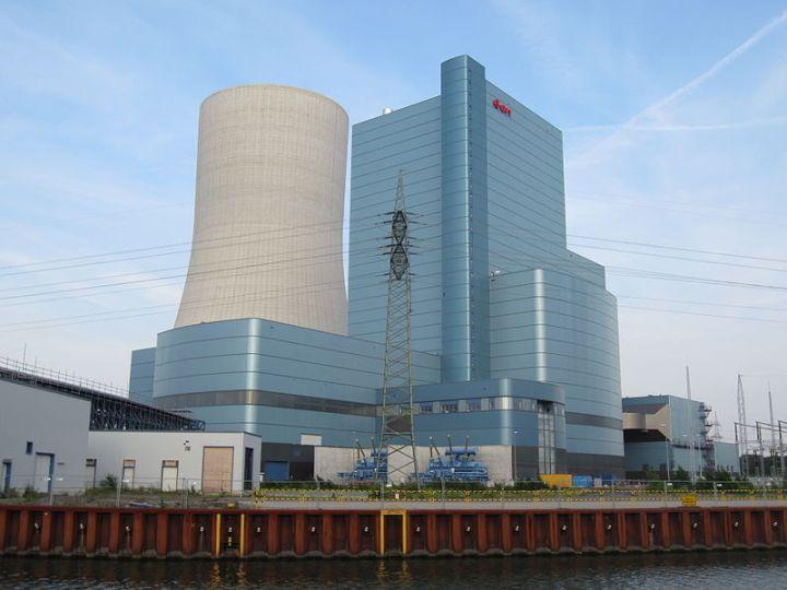 FridaysForFuture gegen Datteln 4: Europas modernstes Kohlekraftwerk soll ans Netz gehen