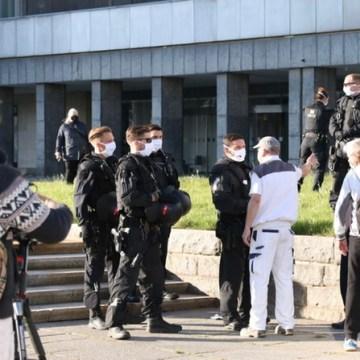 Circa 300 Sympatisanten fanden sich beim Pro Chemnitz Protest ein.