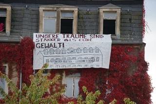 Ein Viertel wehrt sich! – Hausbesetzung im Dresdener Hechtviertel