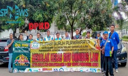 BURUH DAN MAHASISWA PURWAKARTA TOLAK OMNIMBUS LAW RUU CIPTA KERJA
