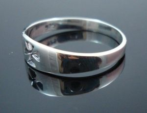 STERLING-SILVER-CROSS-CRUCIFIX-SHINNY-RING-New-400482345316-2