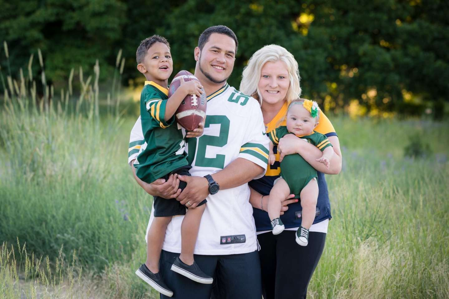 themed family portrait session