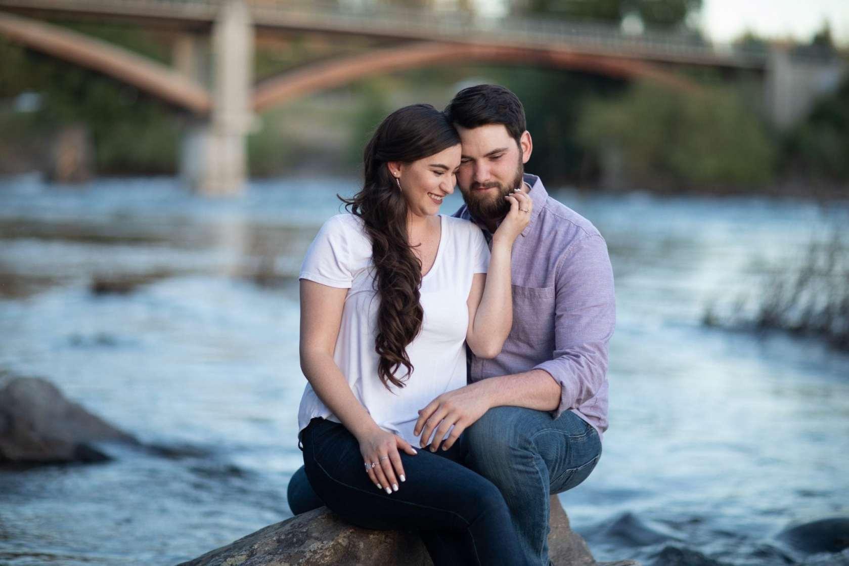 Engagement photos shoot spokane