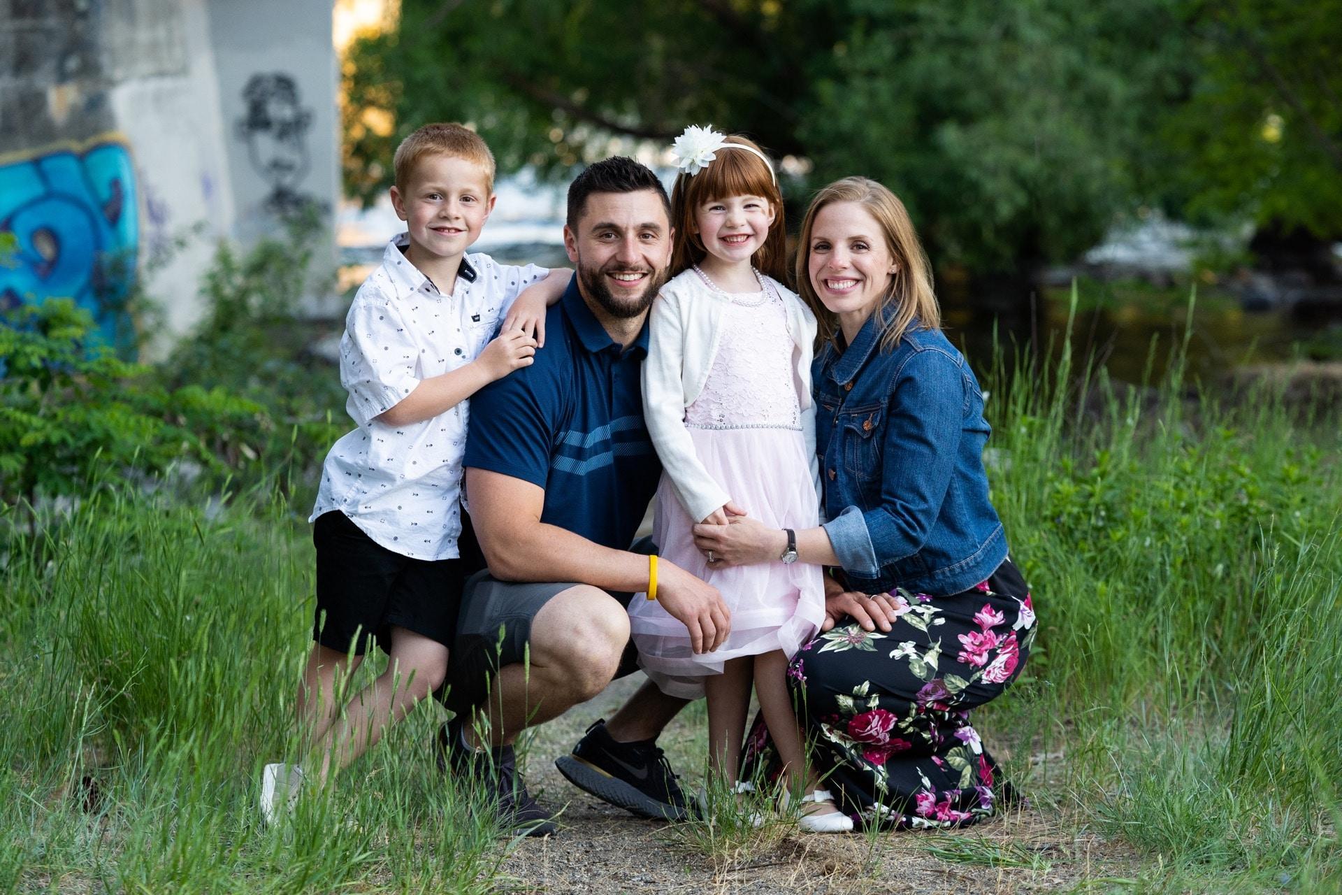 Spokane family photo photographer in Spokane, WA