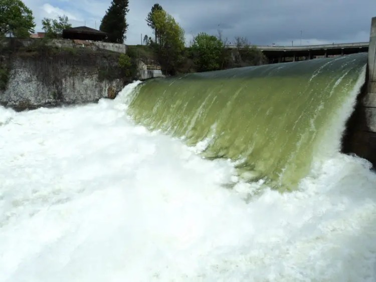Up Close and Personal With Spokane Falls, Part Deux