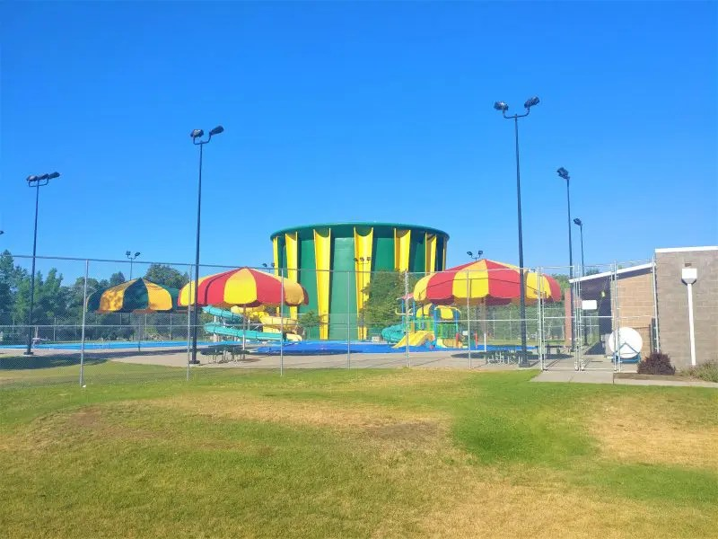 Shadle Park Water Tower and Pool