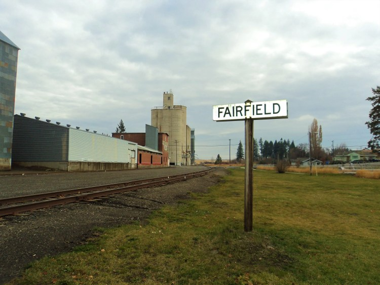 Fairfield, Washington by Train