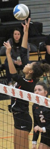 """St. Louis Park middle hitter Raegan Alexander, a 6'0"""" sophomore, is among the top three in service aces, solo blocks and total blocks."""