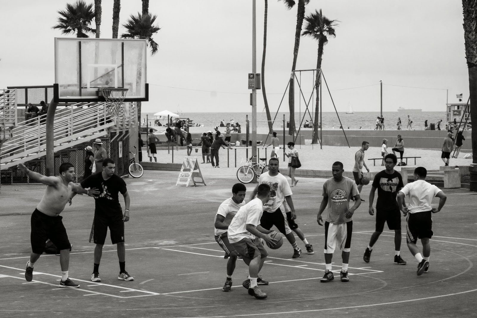 Streetball at Venice Beach — Spoly