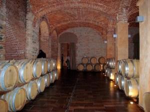 Piemont Weinkeller (1)