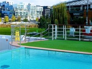 fr-a-rosa-pool-hotel-confluence
