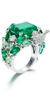 emerald bird ring