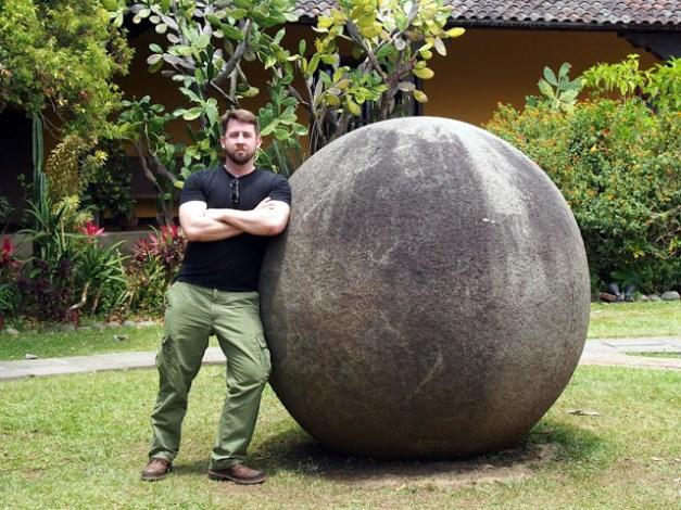 OTIS visits one of my favorite things: disquis spheres