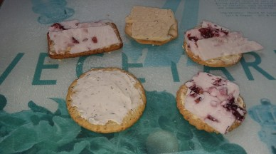 sheese-cheese-crackers-spookymrsgreen