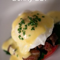 Cook's Notes - Gluten Free Benny BLT (Bacon, Lettuce & Tomato, Eggs Benedict Style)