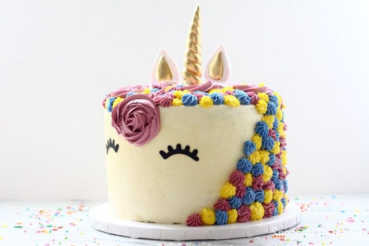 Amazing A Unicorn Birthday Cake Spoonful Of Butter Funny Birthday Cards Online Unhofree Goldxyz