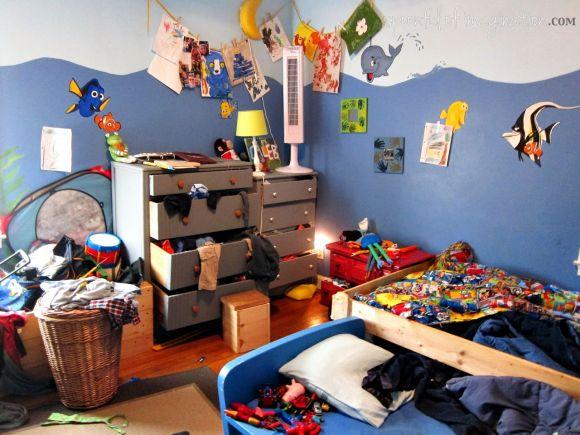 boys messy bedroom