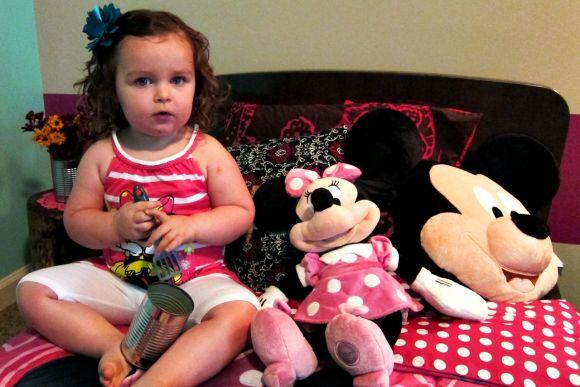 Minnie Mouse fan