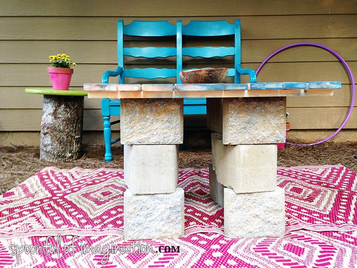 DIY_outdoor_coffee_table
