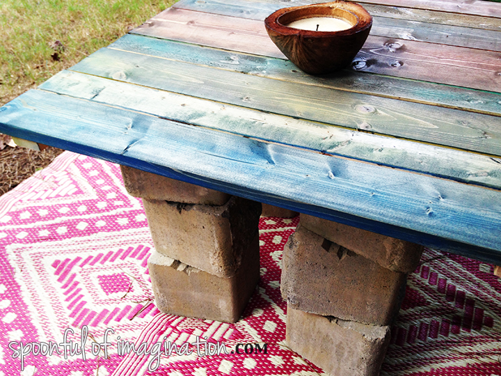 outdoor_coffee_table