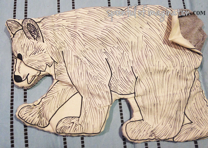 DIY_stuffed_bear_pillow