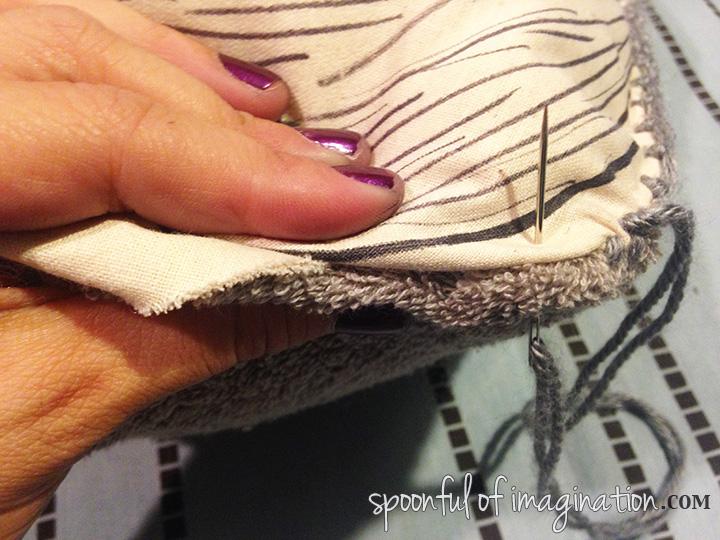 sewing_pillow_shut