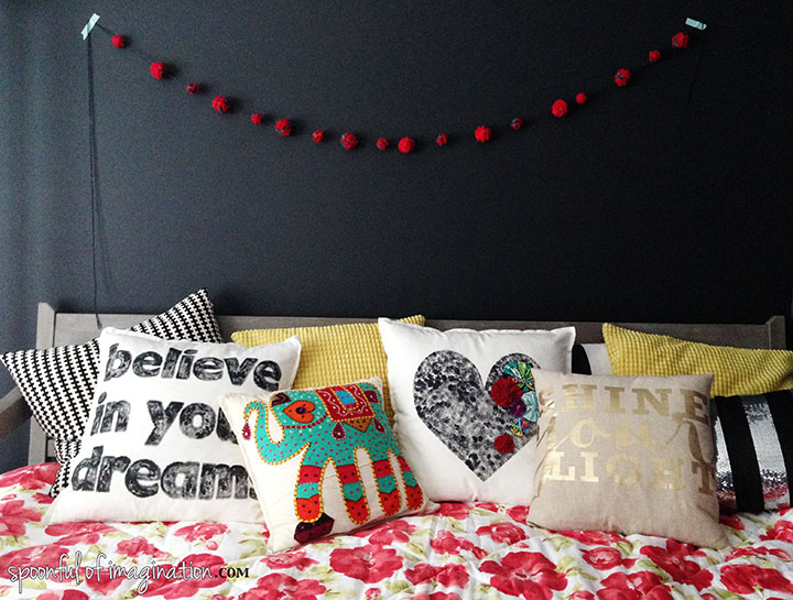colorful_bed