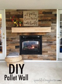 DIY Pallet Wall - Spoonful of Imagination