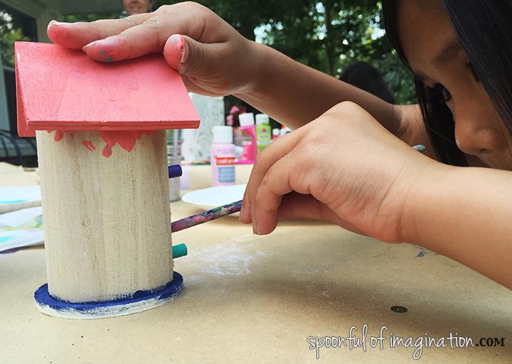 painting_bird_house