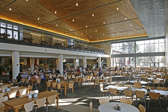 The 15 Best Colleges For Dining Hall Food