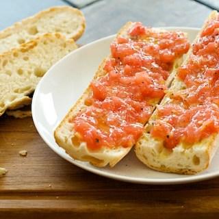 Quick Bite:  Pan con Tomate